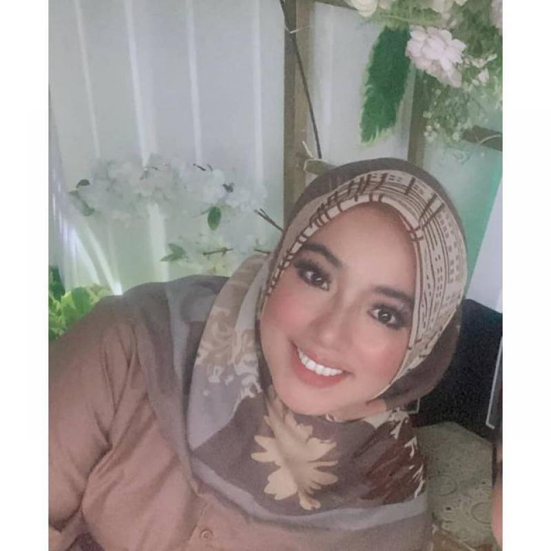 #alhamdulillahhallal @nisrinadf #samawa💖 #makeupakad @kikyrahmadini.makeup #crowntail @kyra_weddingplanner
